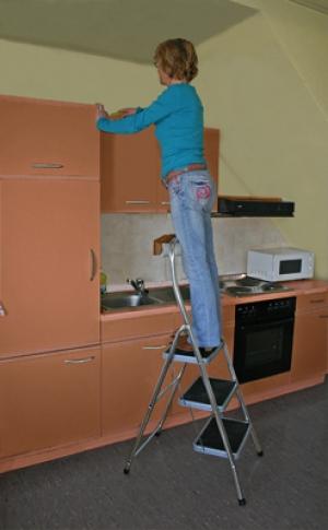 Лестница стремянка Toppy XL 3 ступени купить на выгодных условиях в Нижнем Новгороде
