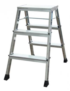 Лестница стремянка складная подставка Rolly 3 ступени купить на выгодных условиях в Нижнем Новгороде