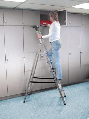 Лестница стремянка Safety 6 ступеней купить на выгодных условиях в Нижнем Новгороде